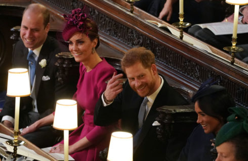 Il matrimonio della principessa Eugenie: Kate Middleton in Alexander McQueen e Meghan Markle in Givenchy, look a confronto