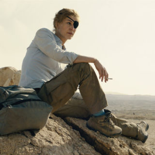 A Private War, Rosamund Pike è l'intrepida Marie Colvin