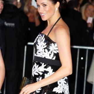 Meghan Markle, pancino glamour per il Royal Variety