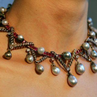 I gioielli di Maria Antonietta all'asta per cifre da record
