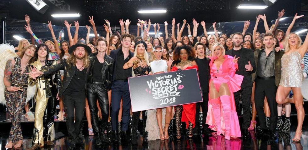 Victoria's Secret Fashion Show 2018: tutti i look degli Angeli