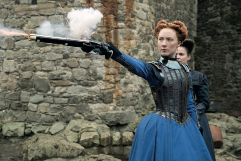 Maria Regina di Scozia, le foto del film con Margot Robbie