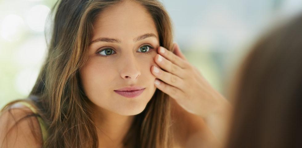 Come chiudere i pori dilatati del viso: 7 prodotti