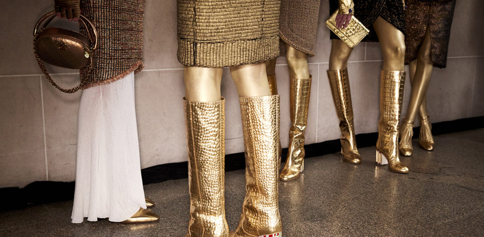 Come vestirsi a Natale: 7 consigli per abbinare il color oro