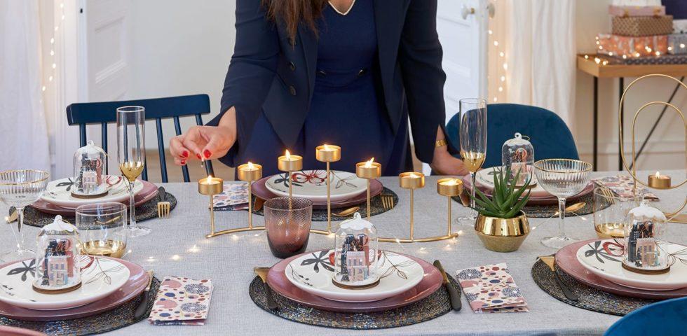 Apparecchiare la tavola di Natale: come accogliere gli ospiti e servire i piatti