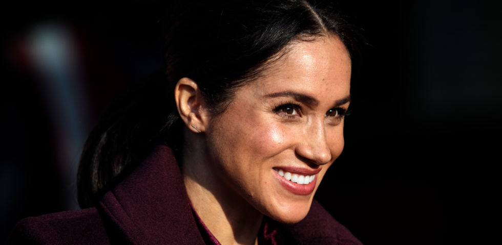 Meghan Markle premia la stilista del suo abito da sposa ai British Fashion Awards 2018