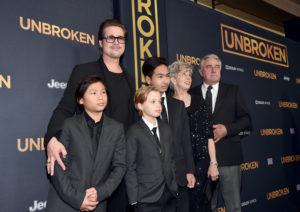 Brad Pitt sta tentando di ricucire il rapporto con i figli.
