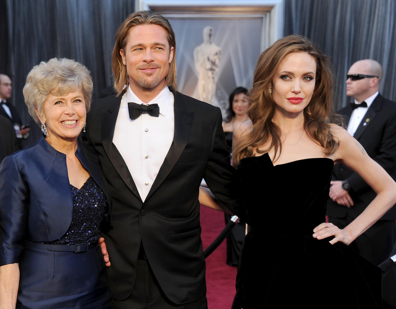 Jane Pitt si scaglia contro Angelina Jolie