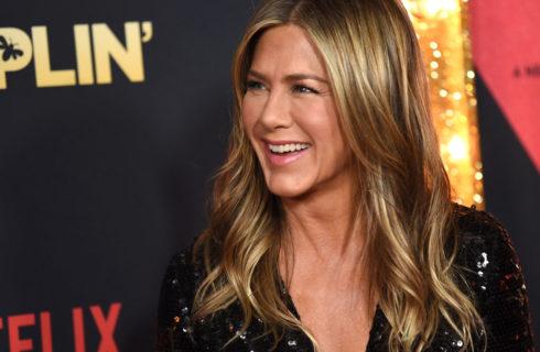 Jennifer Aniston cerca un nuovo fidanzato per il suo 50° compleanno