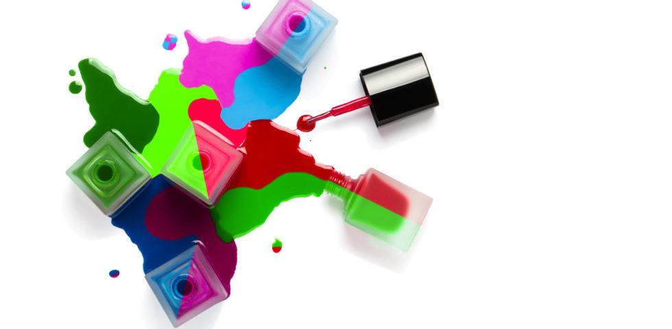Smalti Estate 2019: colori di tendenza