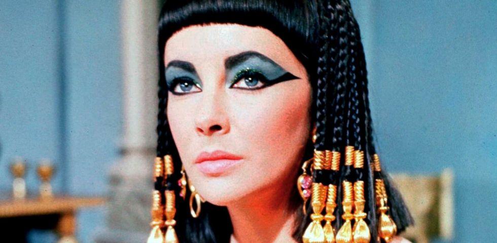 Angelina Jolie e Lady Gaga si contendo il ruolo di Cleopatra