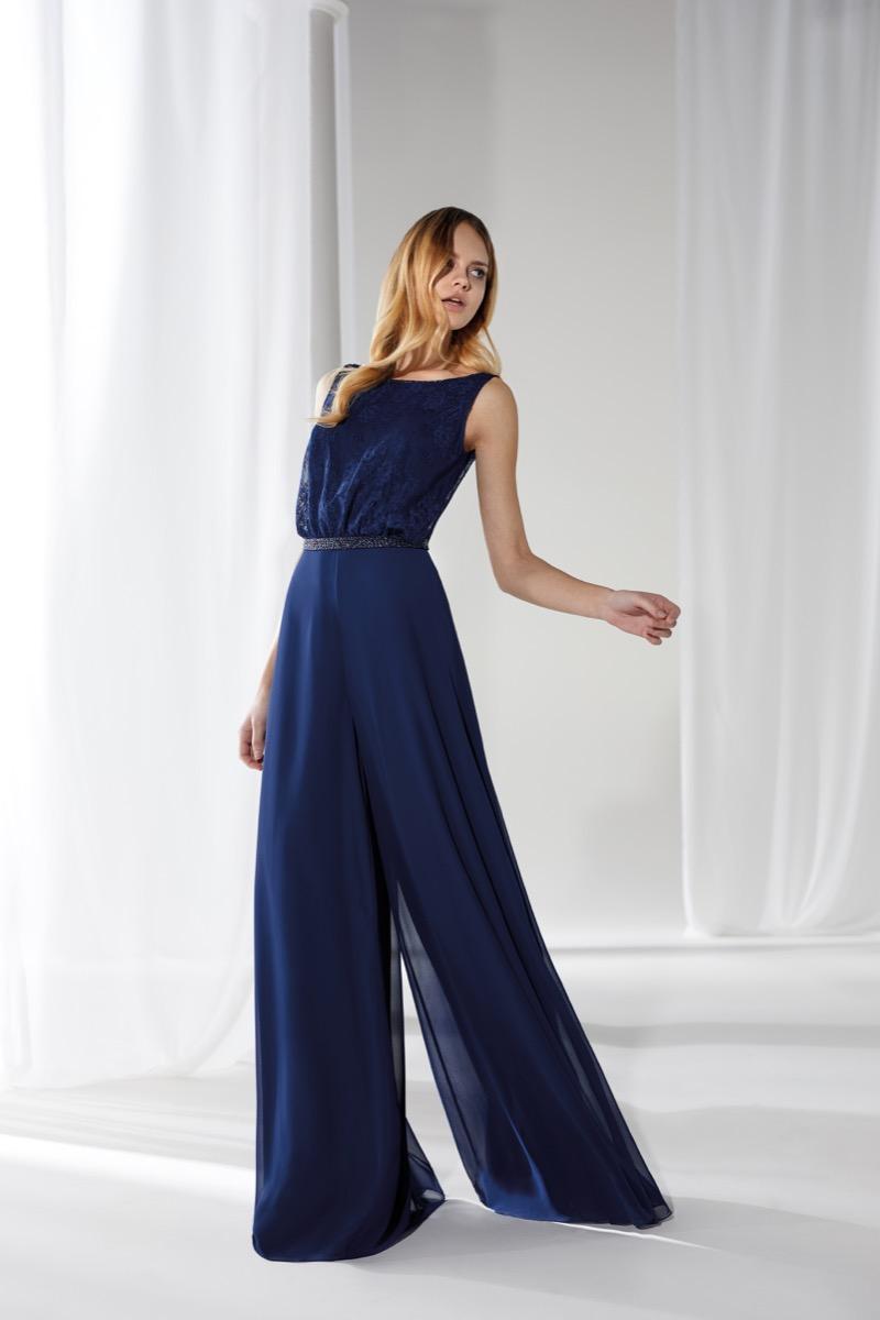 Vestiti Cerimonia Lecce.Nicole Abiti Da Cerimonia 2019 2020 Diredonna