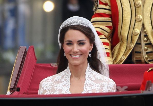 Kate, Meghan e Eugenie: quale tiara vale di più