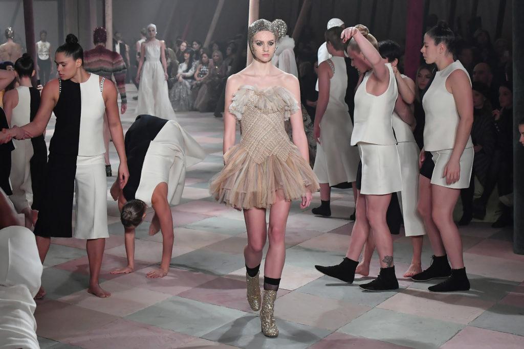 Sfilata Dior alla Paris Haute Couture
