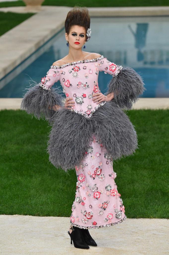 Kaia Geber alla sfilata Chanel Haute Couture