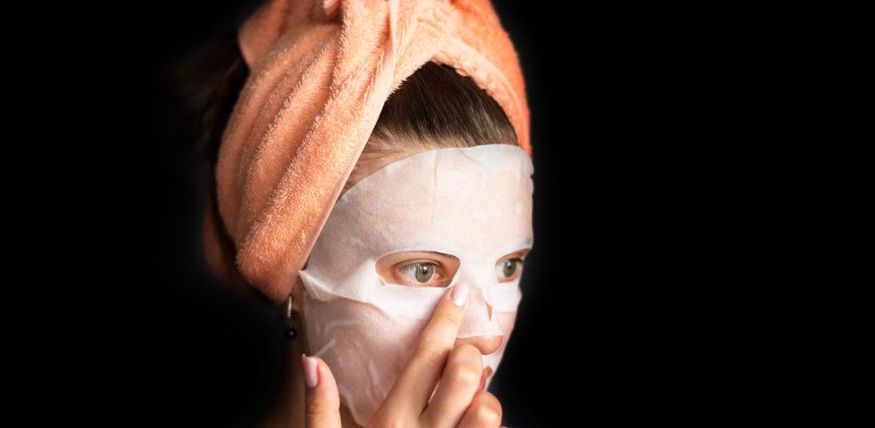 Le migliori maschere viso in tessuto, in crema, con un buon inci e di farmacia