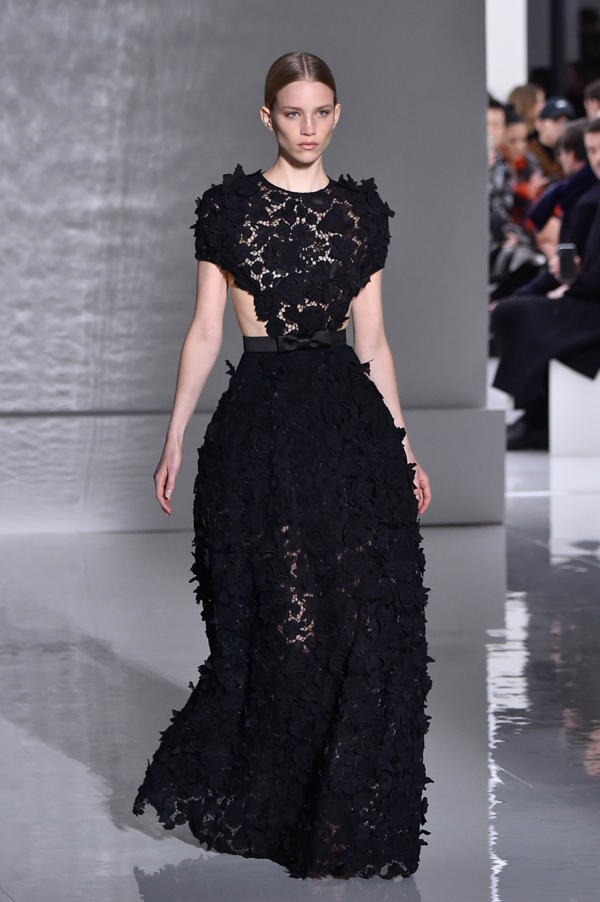 Givenchy Haute Couture Primavera-Estate 2019, le foto