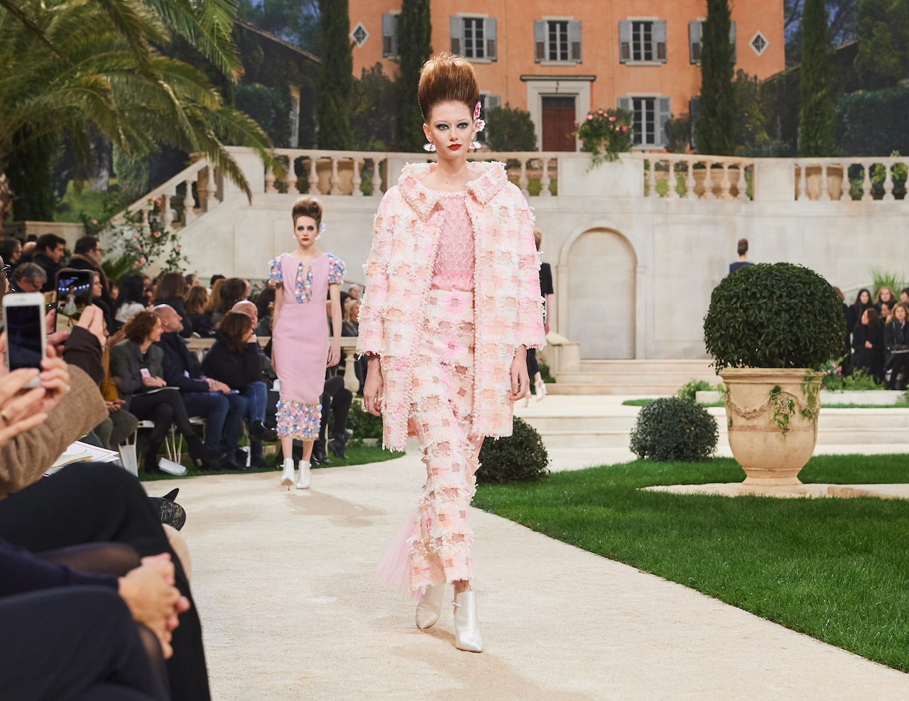 Chanel Haute Couture Primavera-Estate 2019, le foto