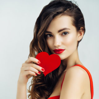Beauty Alert: 7 nail art per San Valentino