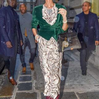 Céline Dion: se non vi piaccio troppo magra, non guardatemi