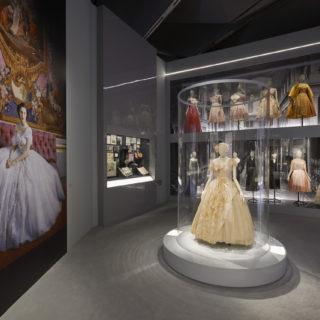 Christian Dior in mostra a Londra