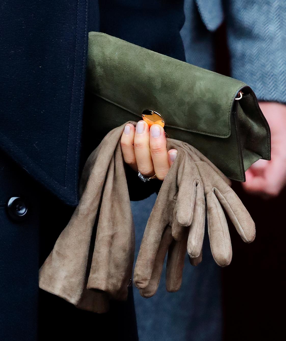 Meghan Markle non indossa mai i guanti