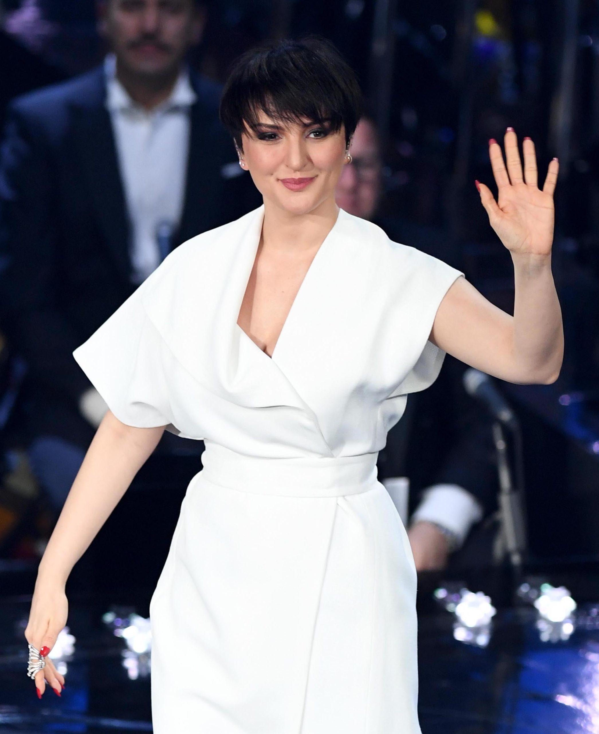 Il beauty look di Arisa durante la prima serata di Sanremo 2019
