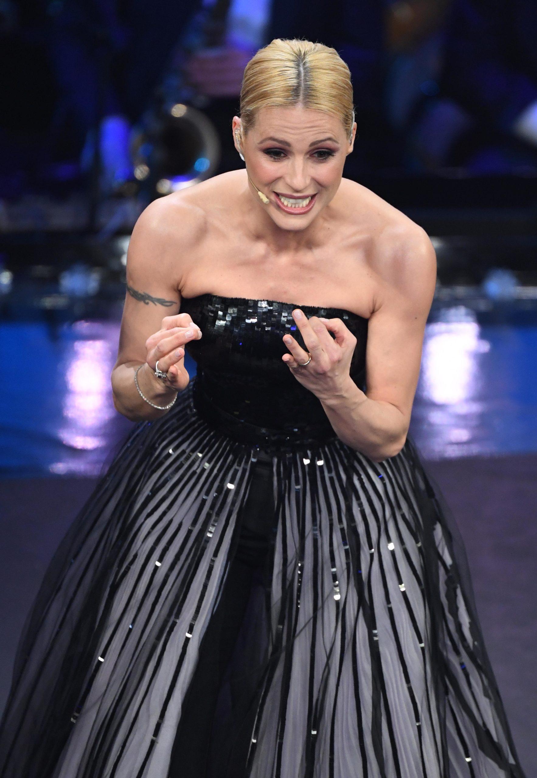 Il beauty look di Michelle Hunziker durante la seconda serata di Sanremo 2019