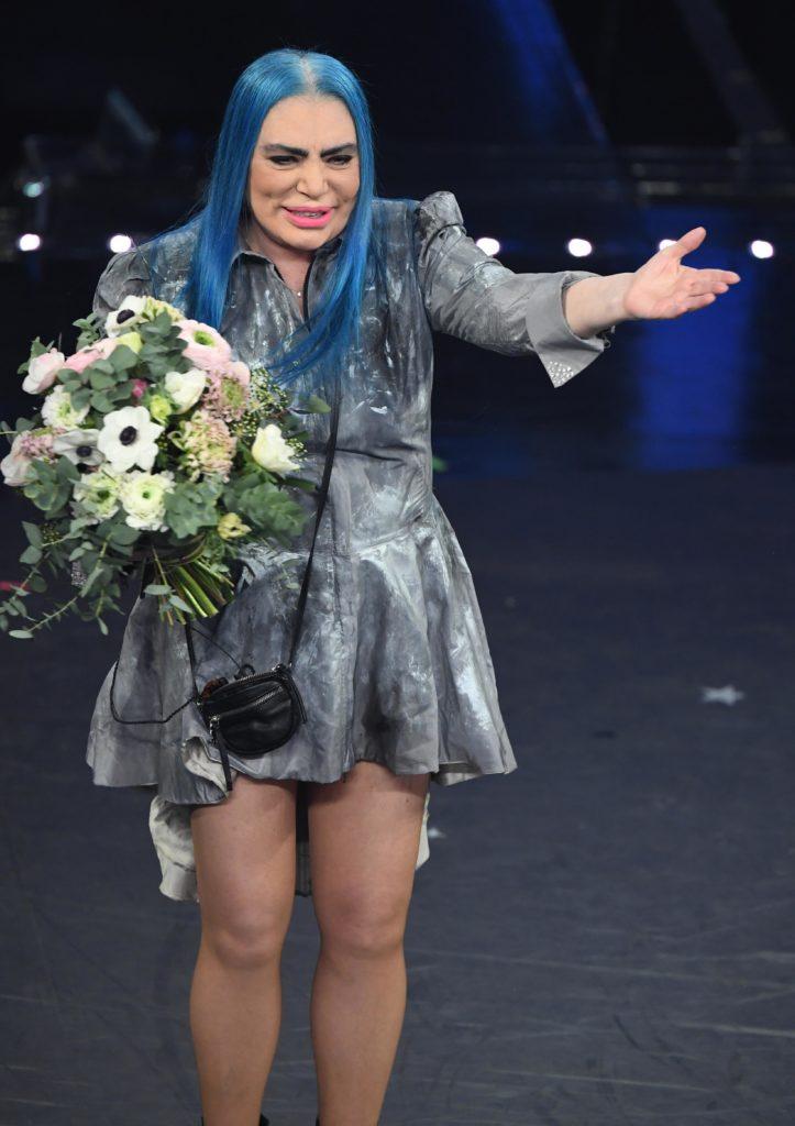 Il beauty look di Loredana Bertè durante la seconda serata di Sanremo 2019