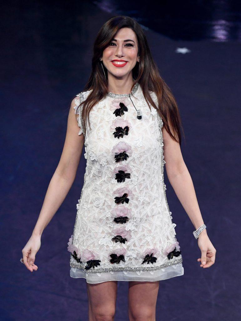 Il beauty look di Virginia Raffaele durante la terza serata di Sanremo 2019.