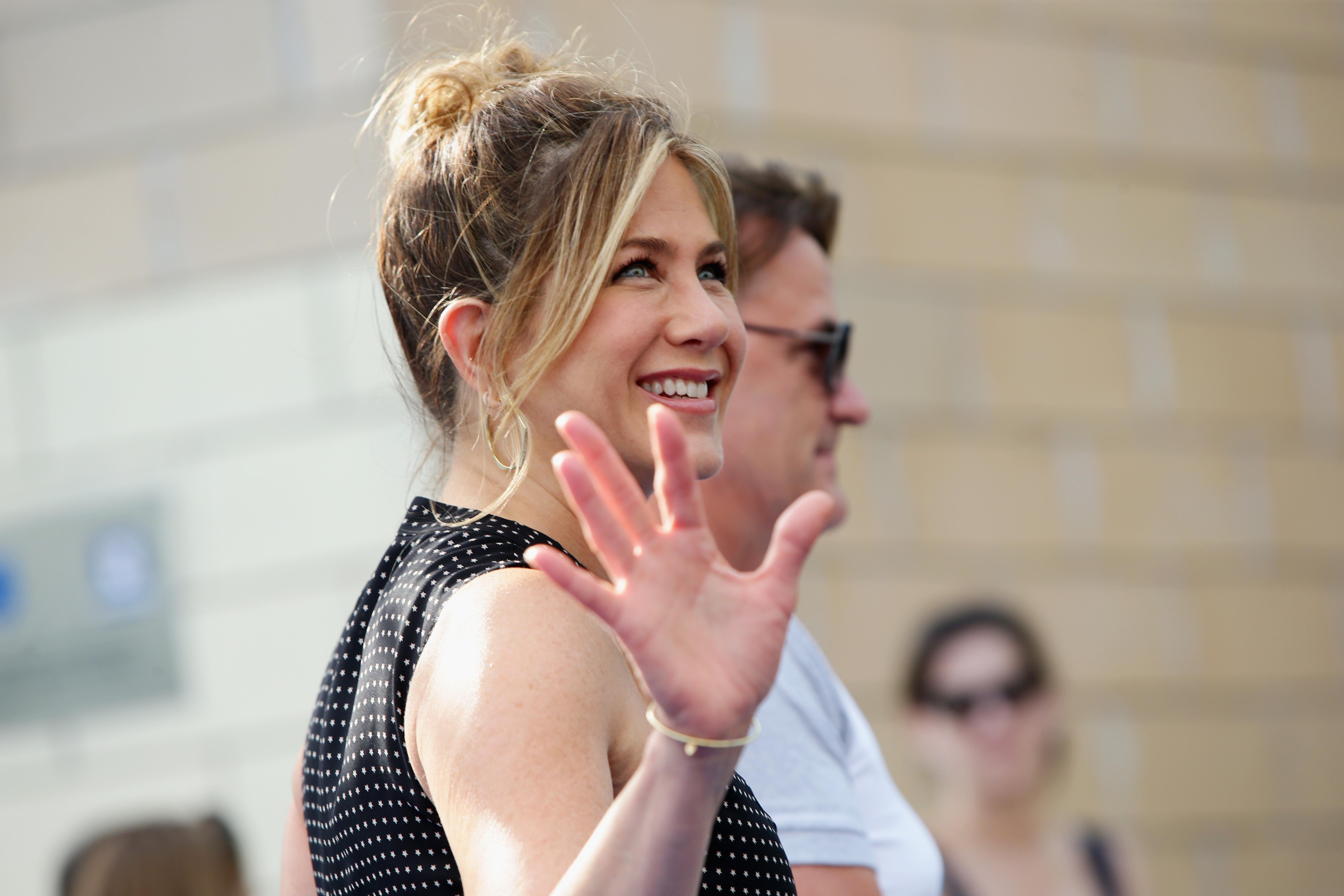 Jennifer Aniston compie 50 anni