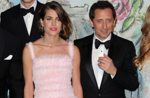Charlotte Casiraghi e Gad Elmaleh in lotta per l'istruzione del figlio Raphaël