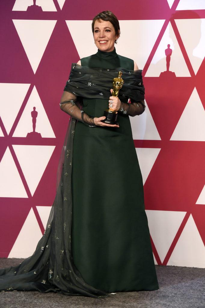 Olivia Colman in Prada alla Notte degli Oscar 2019
