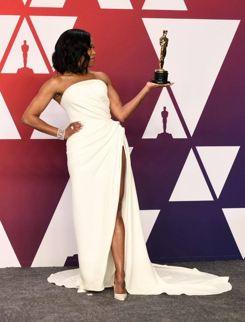 Regina King in Oscar de la Renta agli Oscar 2019