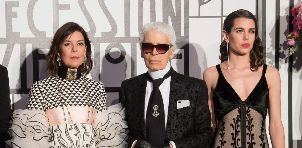 Charlotte Casiraghi e Carolina di Monaco al funerale di Karl Lagerfeld