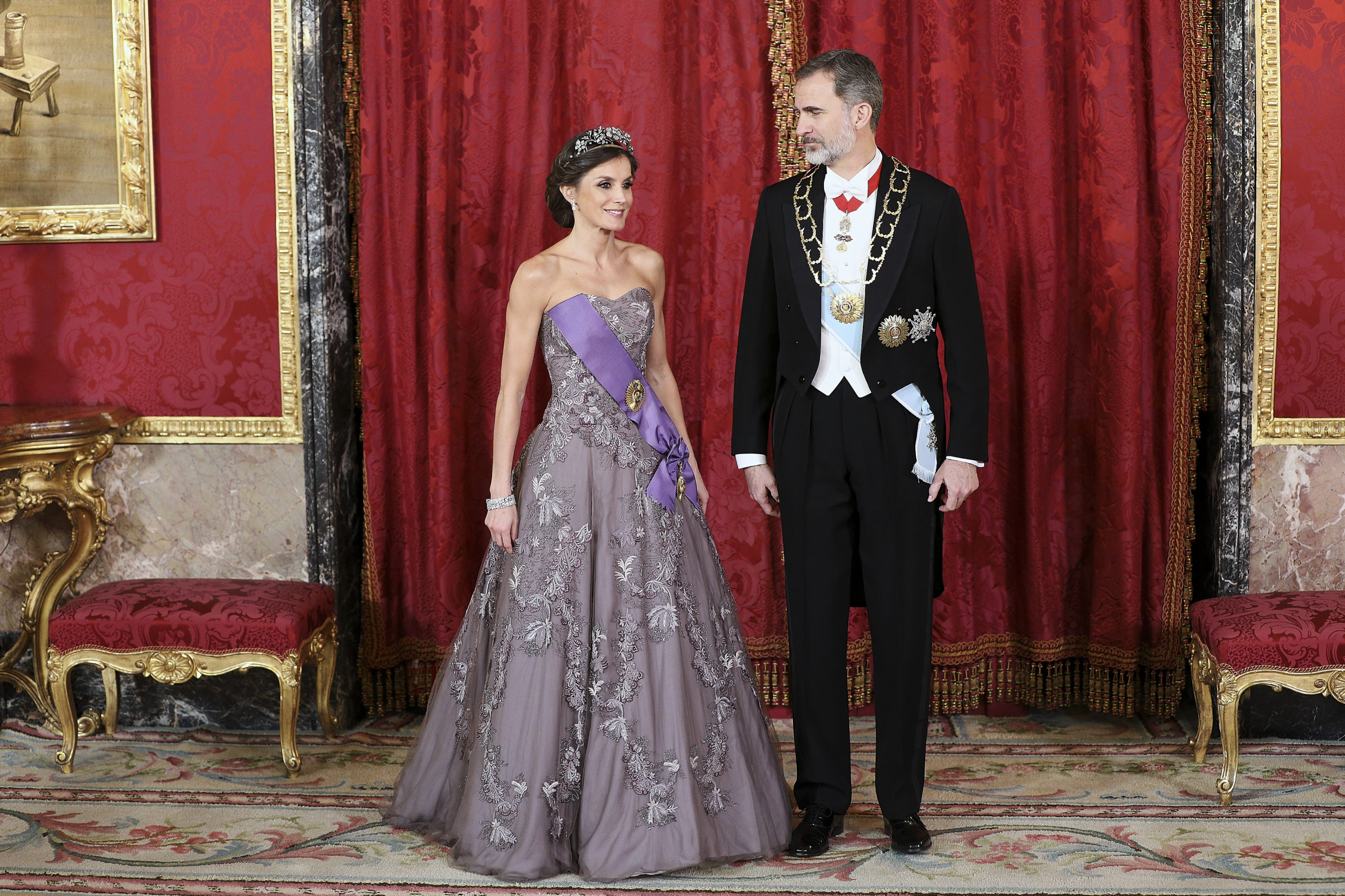 Letizia Ortiz brilla con la tiara della suocera