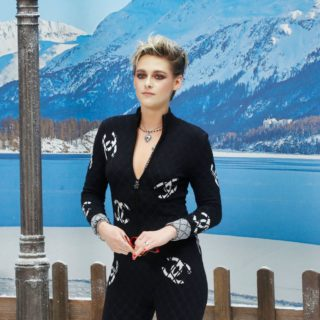 Kristen Stewart super ospite alla Paris Fashion Week