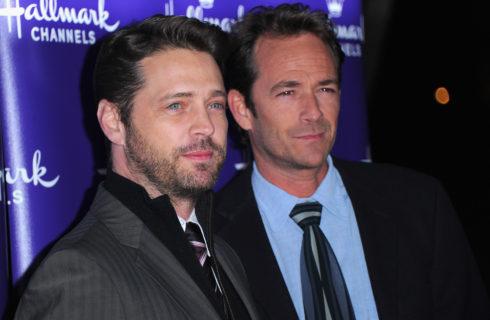 Luke Perry: il ricordo di Jason Priestly (Brandon) e Tiffani Thiessen (Valerie)