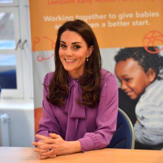 Kate Middleton: errore di stile con la blusa Gucci