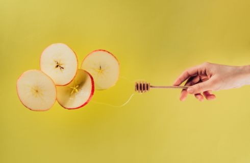 Miele fa ingrassare? Calorie e come mangiarlo a dieta