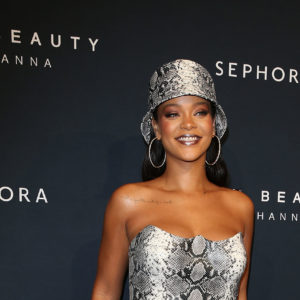 Rihanna compie 32 anni ed è la cantante più ricca al mondo