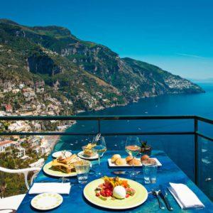 I 10 migliori ristoranti con vista della Costiera Amalfitana