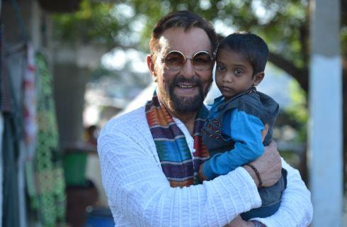 Kabir Bedi ambasciatore di Care&Share Italia