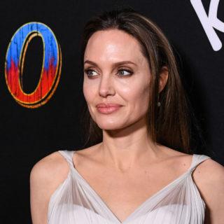 Angelina Jolie invita le donne a essere più cattive