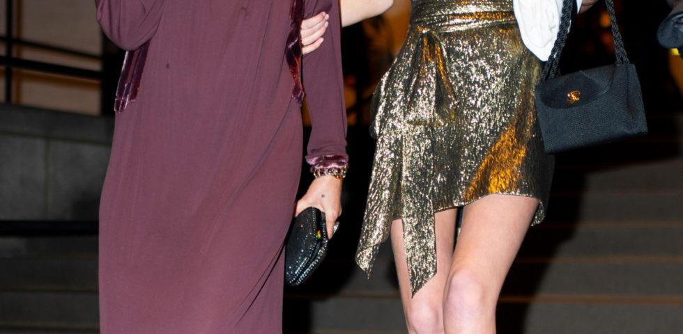 Kate Moss con la figlia (identica) Lila Grace alle sfilate parigine