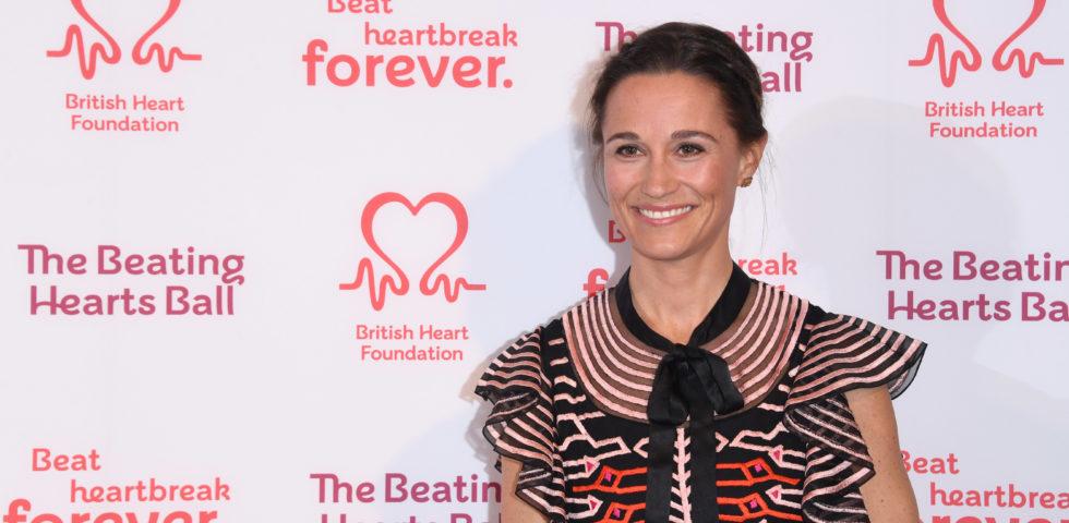 Pippa Middleton a passeggio per Londra con il figlio Arthur