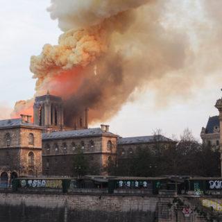 Arnault e Pinault: 300 milioni per ricostruire Notre-Dame