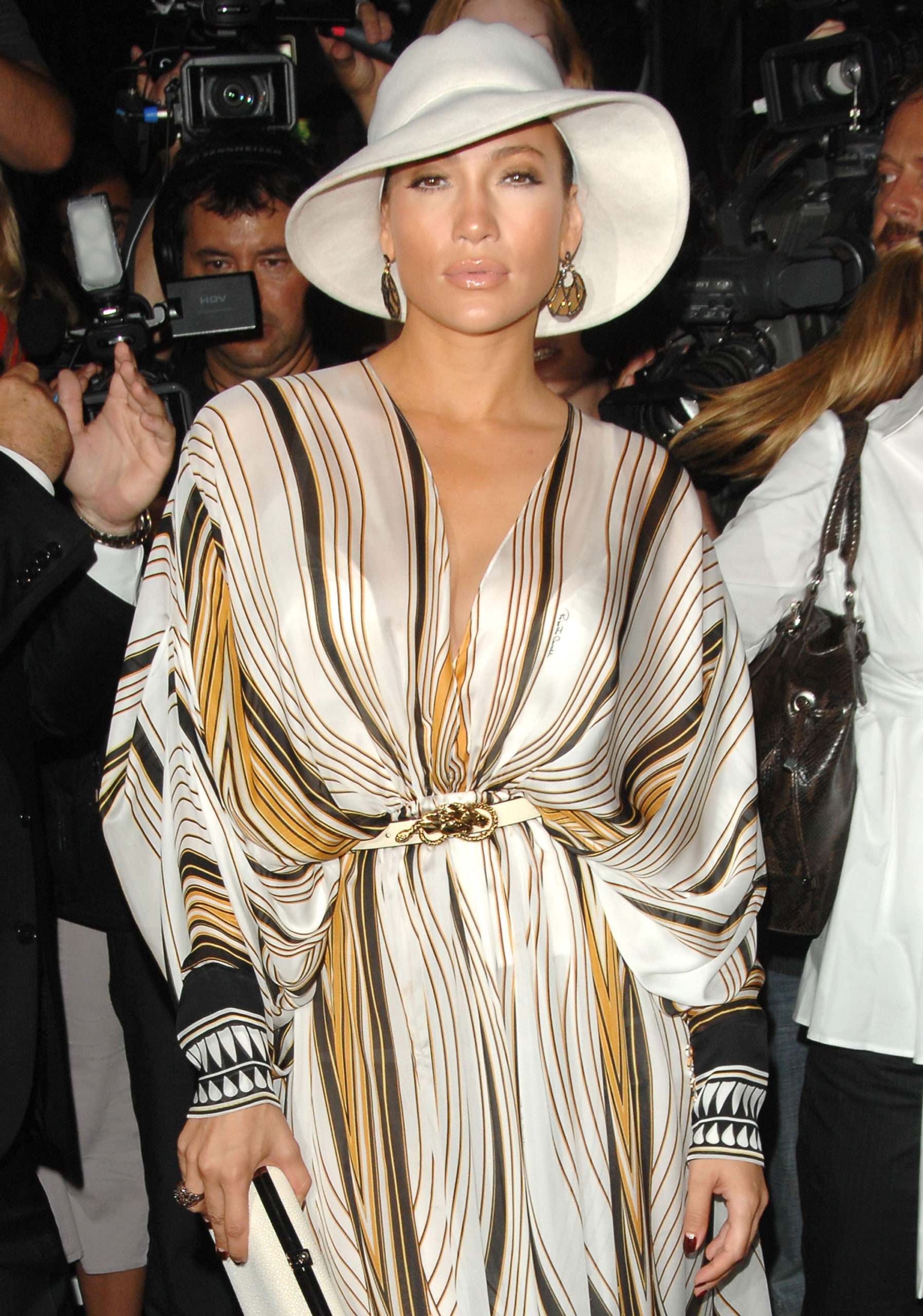 Jennifer Lopez premiata ai CFDA 2019