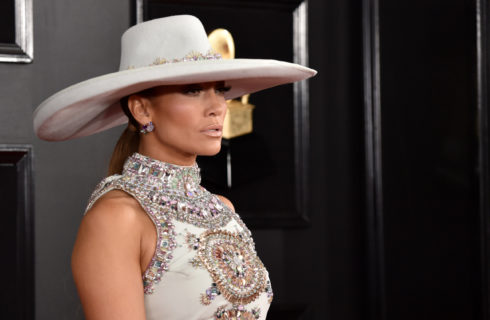 Jennifer Lopez premiata con il Fashion Icon Award 2019