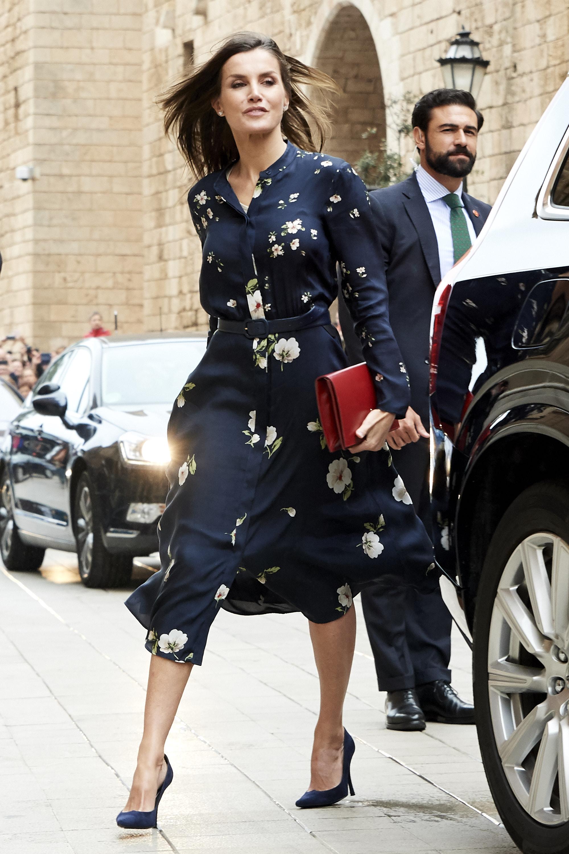 Look floreale per Letizia Ortiz